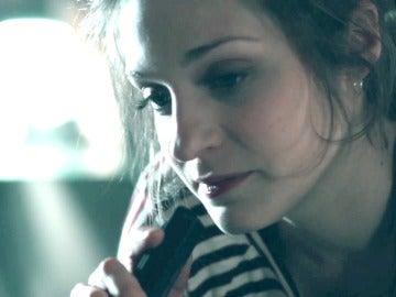 La angustia invade a Lara al estar en el objetivo del asesino