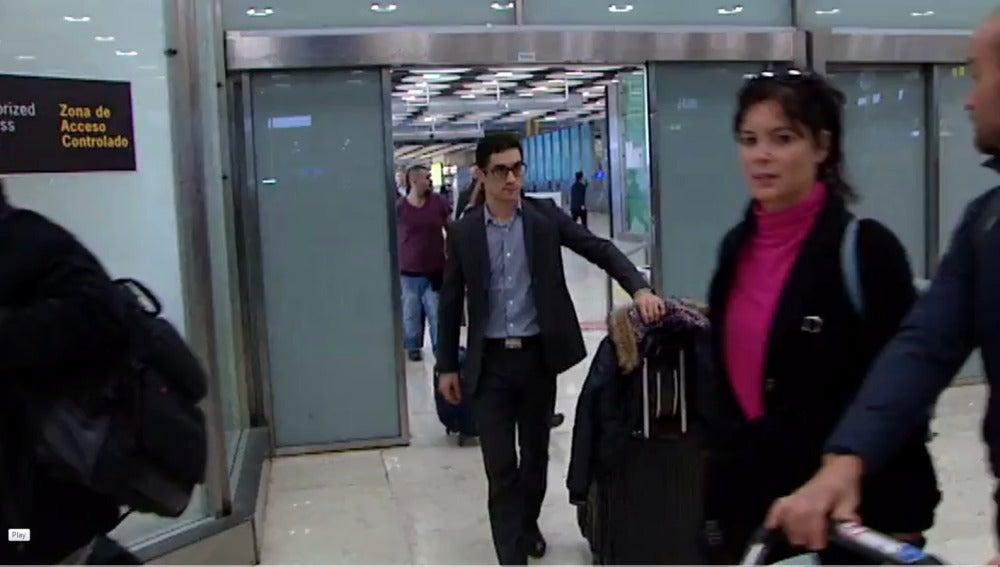 Javier Fernández, a su llegada al aeropuerto de Barajas