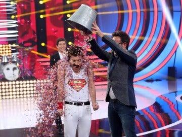 "Carlos Latre a Blas: ""La camiseta te viene al pelo, ¡eres Superman!"""