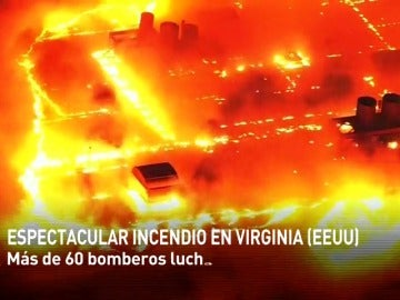 Frame 2.801775 de: Incendio de grandes dimensiones en una planta de reciclaje de Virginia, en Estados Unidos