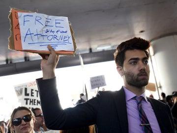 Protestas en un aeropuerto estadounidense | Archivo