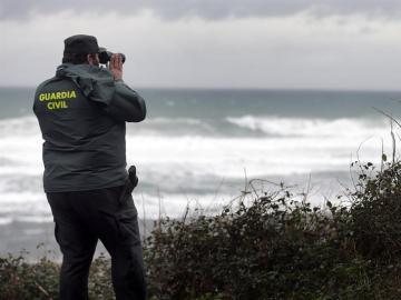 Un Guardia Civil en Navia