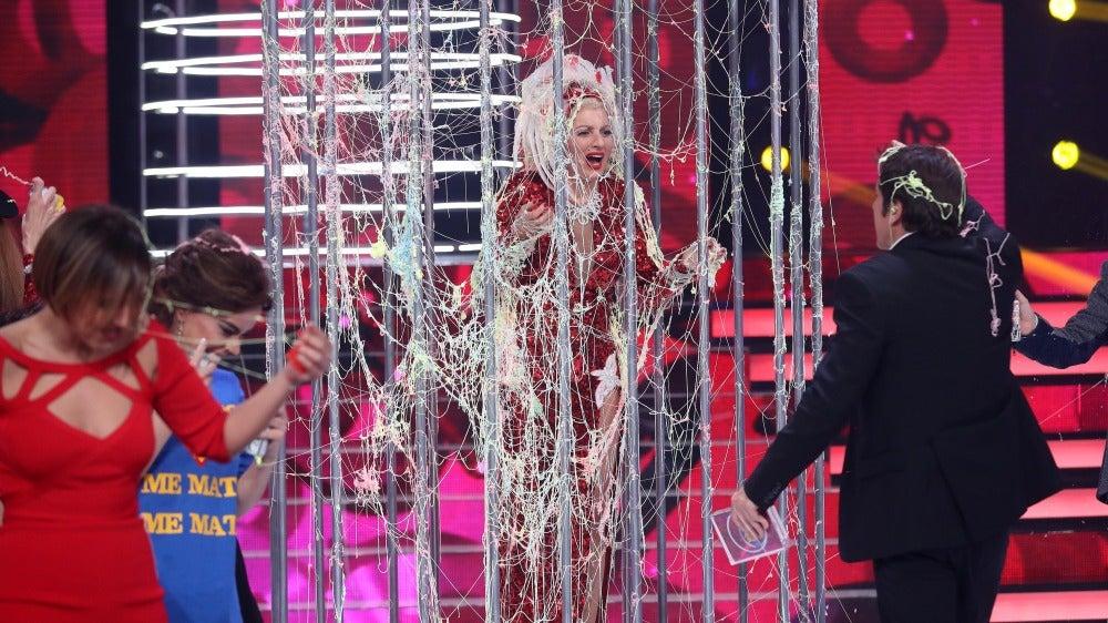 Silvia Abril, encerrada en una jaula hasta previo aviso