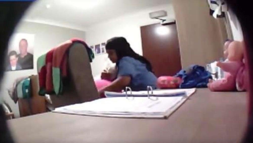 Una enfermera agrede a una señora de 77 años