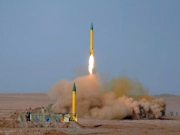 Irán desafía a EEUU con nuevas maniobras militares y sanciones recíprocas