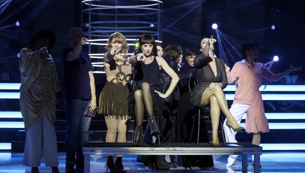 Esther Arroyo se alza con la victoria de la decimoquinta gala en la piel de Rozalén