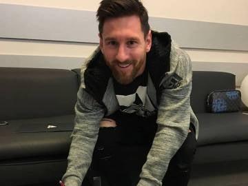 Leo Messi, renovando con Adidas