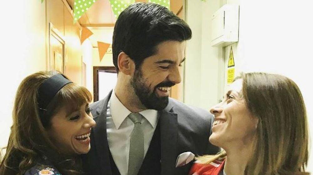 La atleta Isabel Macías visita el rodaje de 'Amar'