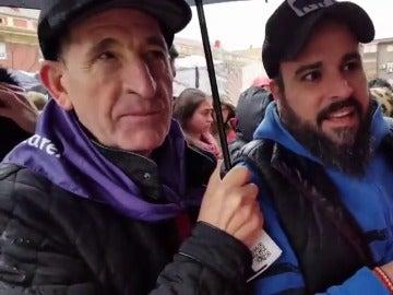 Seguidores de Podemos se desplazan desde varios puntos de España para asistir a Vistalegre II