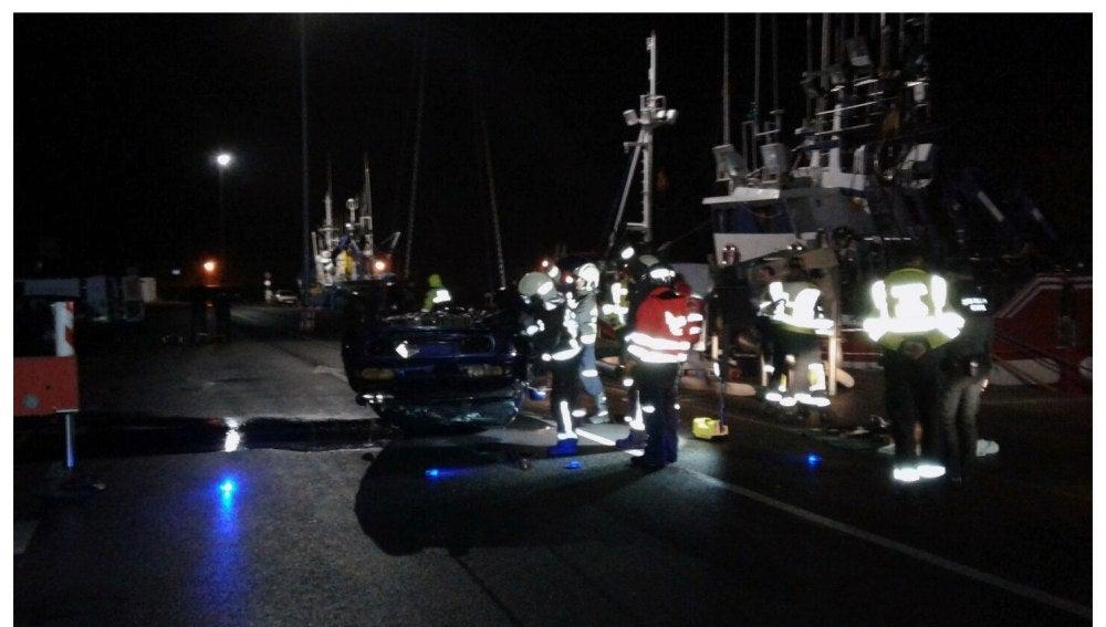 Actividades de rescate de los cuerpos en el mar