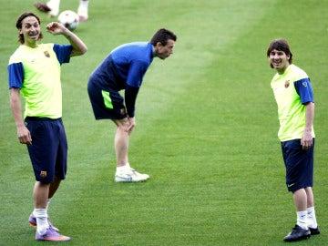 Ibrahimovic y Messi, durante un entrenamiento con el Barcelona