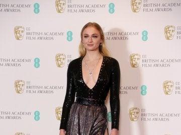 Sophie Turner, brillante en este Louis Vuitton