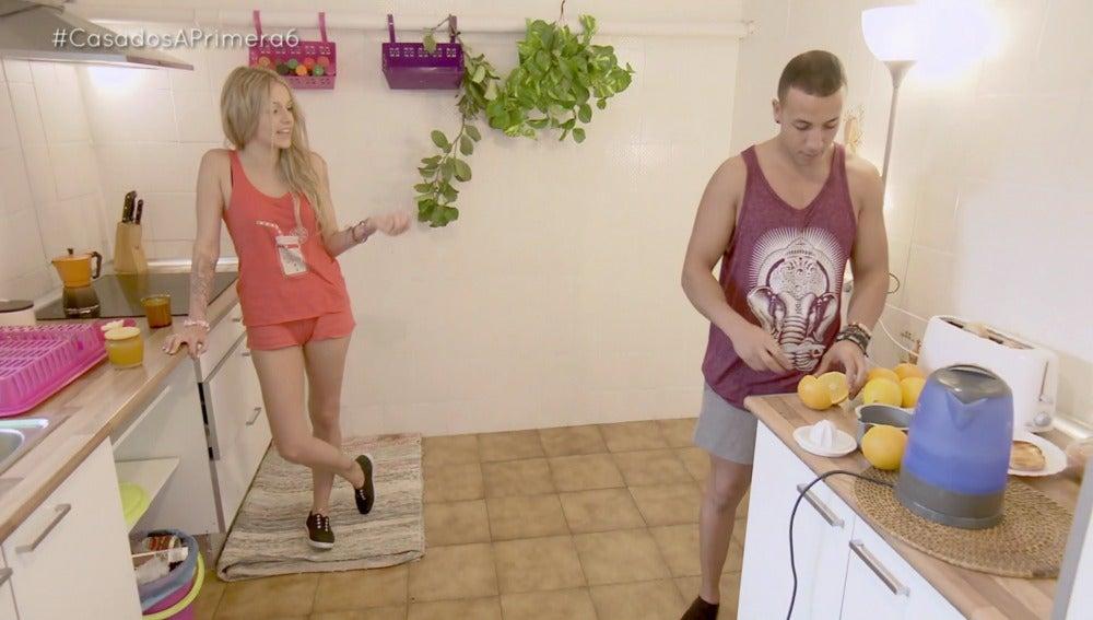 Jordi se enfrenta al 'gran reto' de preparar el desayuno a una mujer