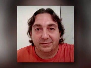 Frame 4.989633 de: Muere el chófer de un autobús en Sevilla mientras conducía y salva a los niños que llevaba a bordo