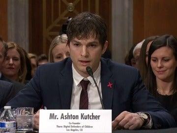 Frame 0.0 de: El emotivo discurso de Ashton Kutcher contra la explotación sexual de menores