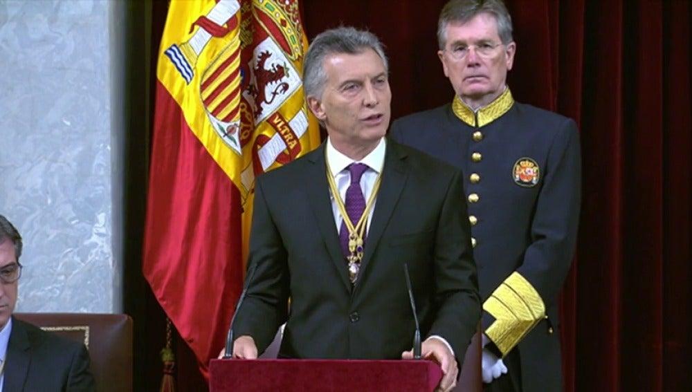 """Frame 1.747477 de: Macri llama al Gobierno y las empresas españolas a participar en el """"cambio histórico"""" en Argentina"""