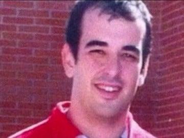 Frame 0.984955 de: Condenado a 45 años y 9 meses de cárcel el exprofesor del Colegio Vallmont por abusar de nueve niños