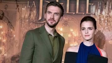 Dan Stevens y Emma Watson en la premiere de 'La Bella y la Bestia'