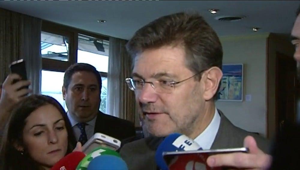 """Frame 0.696976 de: Catalá dice que si el fiscal de Murcia sufrió presiones """"debería haberlo puesto en conocimiento de la Fiscalía General"""""""