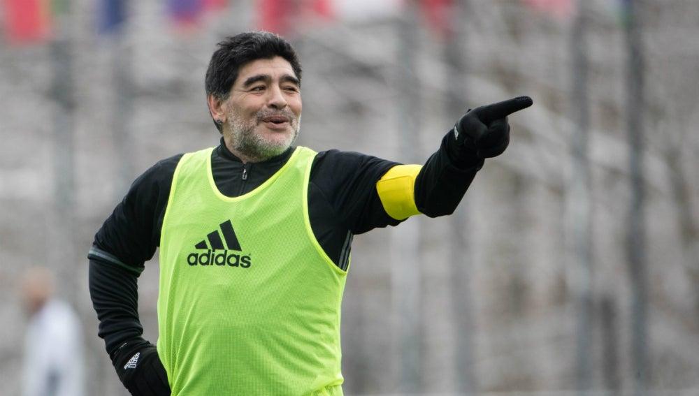 Diego Maradona, en un amistoso