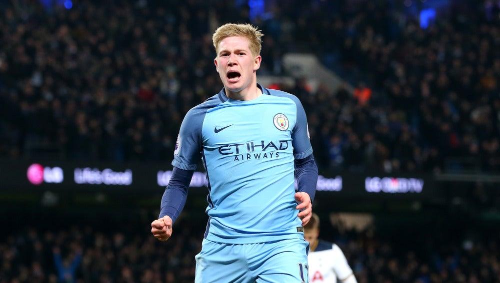 Kevin de Bruyne celebra un gol con el Manchester City