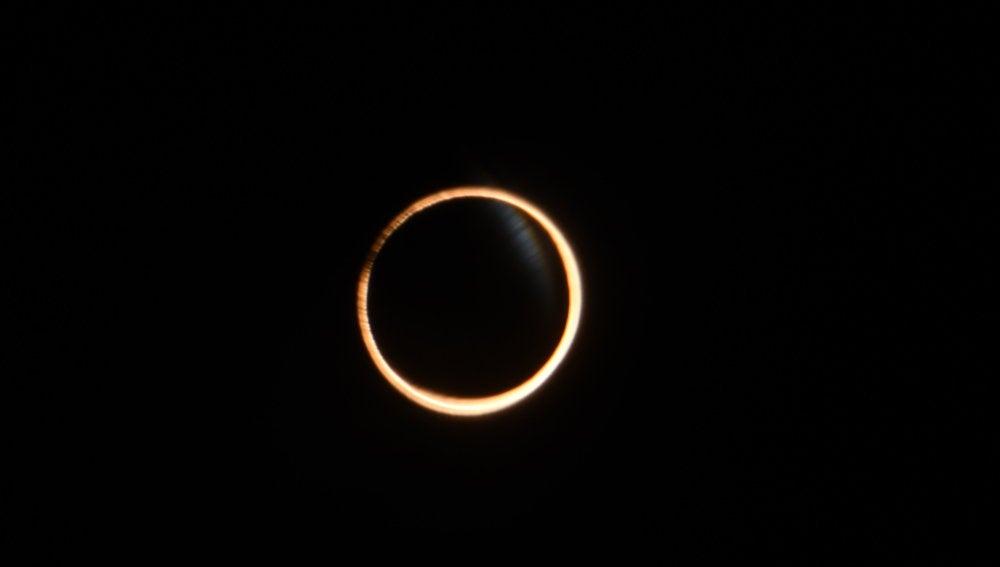 El primer eclipse solar de 2017