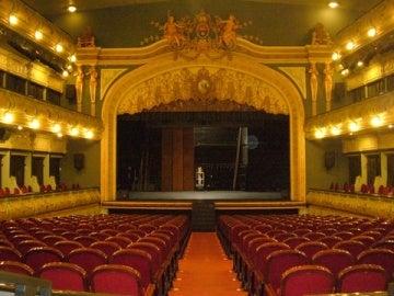 Patio de butacas del Gran Teatro de Elche.