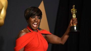 Viola Davis, eufórica con su Oscar a Mejor Actriz de Reparto