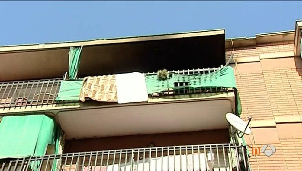Frame 6.858819 de: Fallece un hombre de 40 años al que le habían cortado la luz en un incendio en Manresa