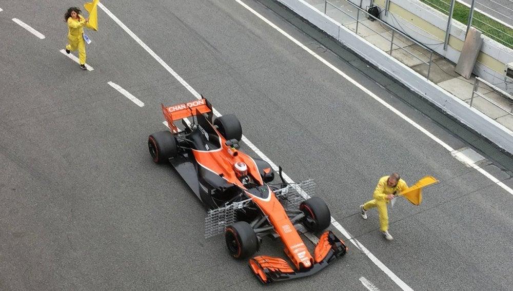 Problemas para Vandoorne en la sesión de pruebas en Montmeló