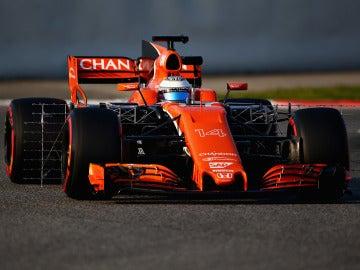 El nuevo McLaren de Alonso rueda en Montmeló