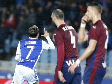Juanmi dedica su gol a Pablo Ráez