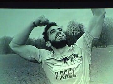Frame 217.896764 de: El emotivo vídeo de Marbella para dar el último adiós a Pablo Raéz y rendirle homenaje póstumo