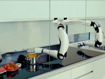 Frame 30.752258 de: Conoce a Pepper, el robot que te ayudará en tu compra