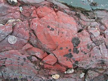 Formación rocosa de Canadá donde se han encontrado los fósiles más antiguos de la Tierra