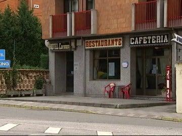 Frame 40.506203 de: ¿Es este el 'sinpa' más multitudinario de la historia? 120 comensales se marchan sin pagar de un banquete en León