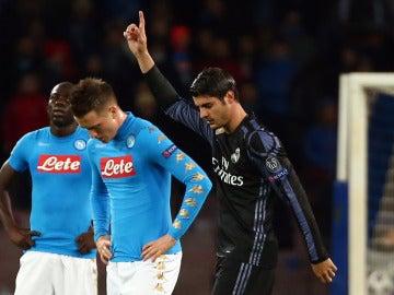 Morata celebra su gol al Nápoles