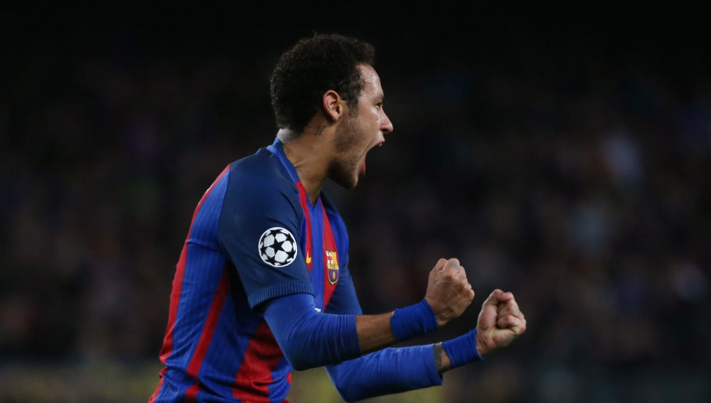Neymar celebra su gol al PSG