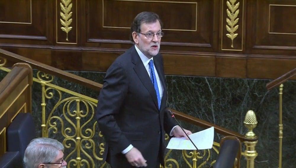 Frame 1.368934 de: Rajoy aboga por eliminar las barreras de hecho en la lucha por la igualdad entre hombres y mujeres