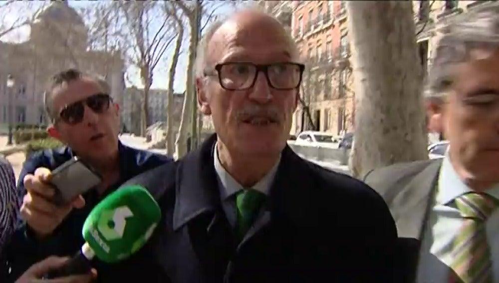 Frame 0.0 de: El juez Velasco reactiva la investigación sobre la presunta financiación irregular del PP de Madrid