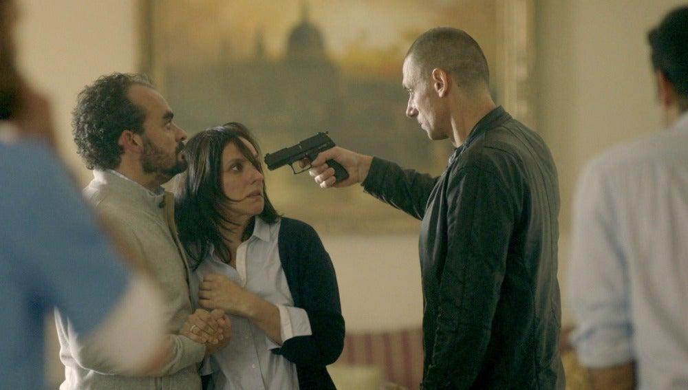 "Héctor advierte: ""Os mataré a todos"""