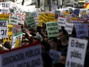 Manifestación convocada por el Sindicato de Estudiantes