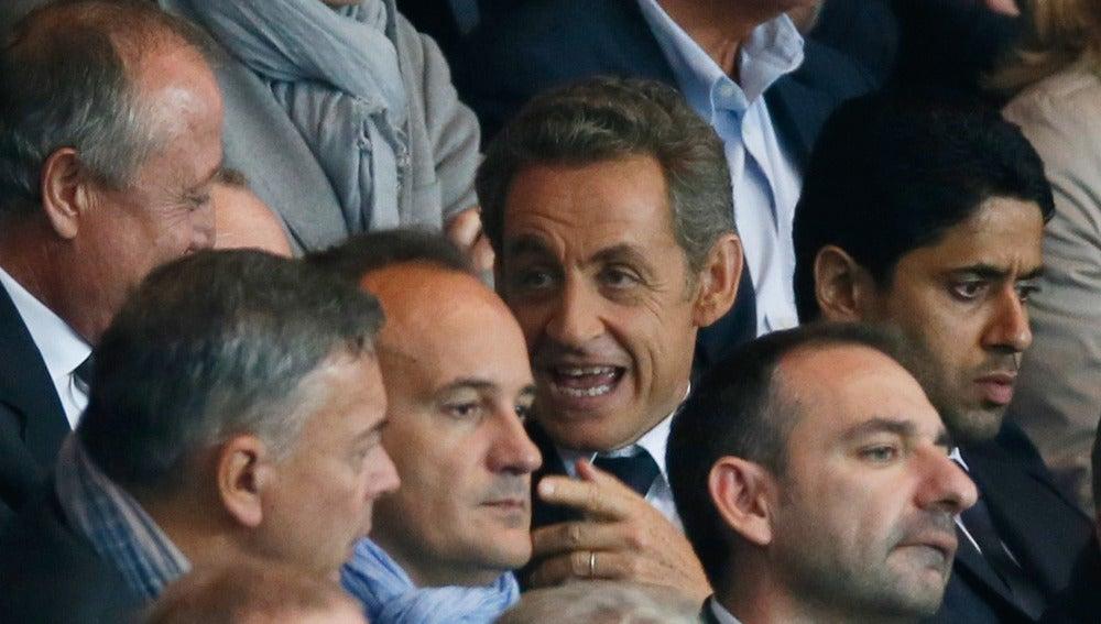 Sarkozy, en el palco durante un partido