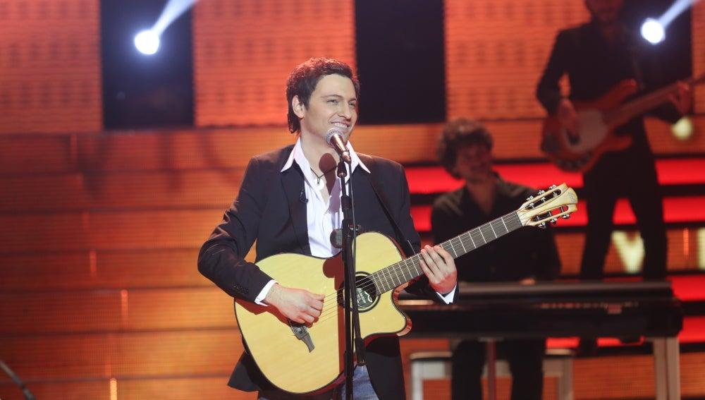 Fran Valenzuela se deja el alma sobre el escenario con 'Corazón partío' de Alejandro Sanz