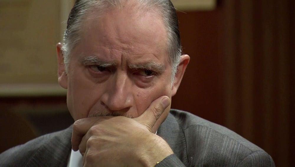 Félix le confiesa a Quintero que le fue infiel a Rosalía