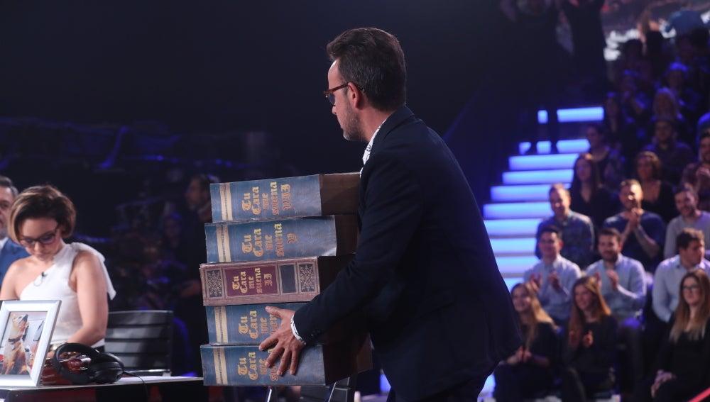 Àngel Llàcer bautiza a Miki Nadal como nuevo miembro del jurado