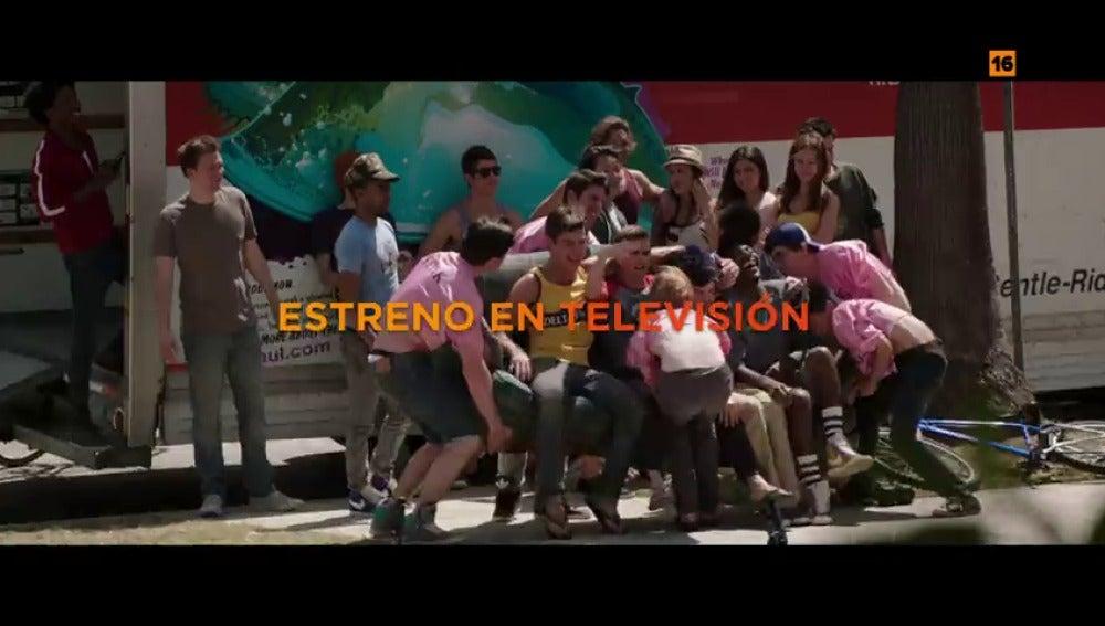 Frame 2.020141 de: Seth Rogen y Zac Efron protagonizan 'Malditos vecinos', estreno en El Peliculón