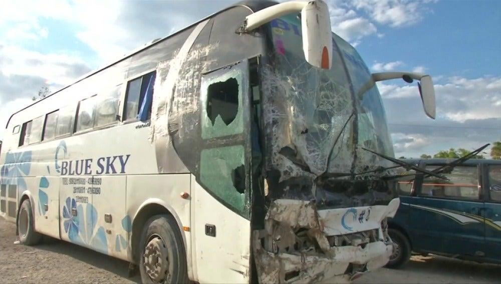 Frame 0.0 de: Un conductor de autobús atropella y mata a 38 personas cuando intentaba huir del accidente en el que había arrollado a otras dos