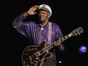 Chuck Berry durante su actuación en 'Les Legendes Du Rock and Roll' (2008)
