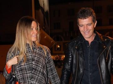 Nicole Kempel y Antonio Banderas